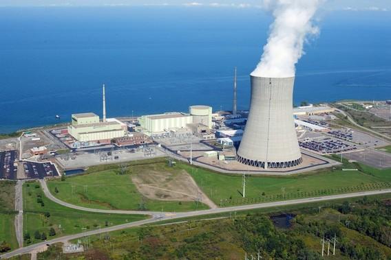 АЭС Найн Майл Пойнт. США. Фото