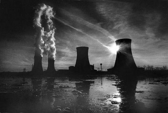 АЭС Три Майл Айленд в США