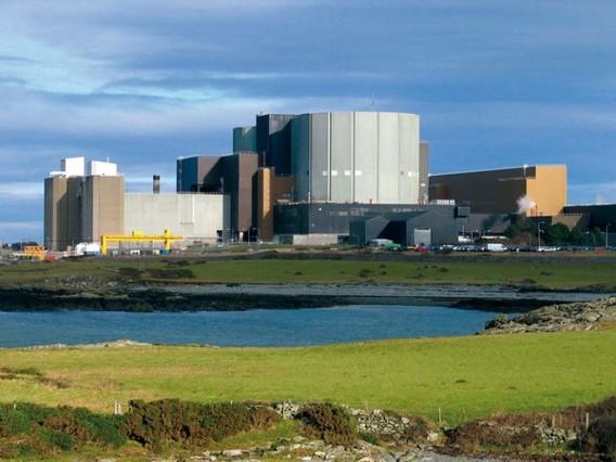 АЭС Уилфа. Уэльс. Великобритания. Фото