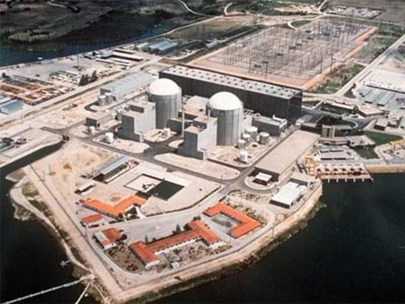 АЭС Альмарас Испания. Вид сверху. Фото