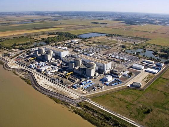 АЭС Блайе. Франция. Дамба
