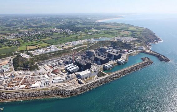 АЭС Фламанвиль. Франция. Фото