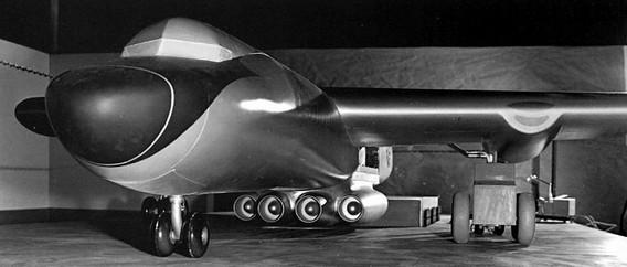 Американский атомный самолет HTRE-3