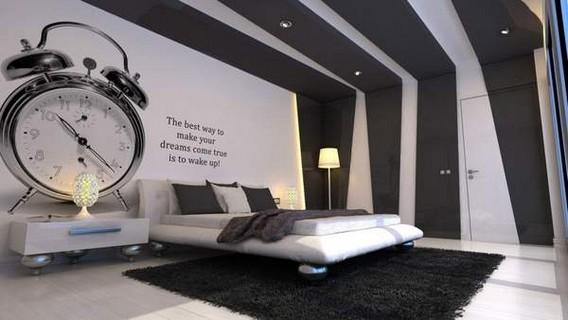 Черно белый обои с огромным будильником и надписью на стене