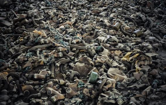 Чернобыль. Отработанные противогазы