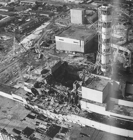 Чернобыльская АЭС. 4 энергоблок. Фото взрыва