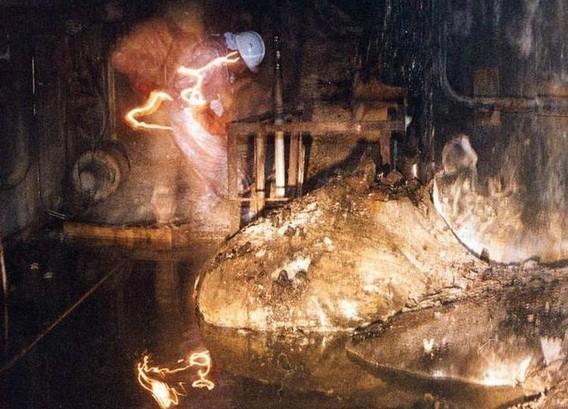Четвертый реактор ЧАЭС. Слоновья ногаЧетвертый реактор ЧАЭС. Слоновья нога