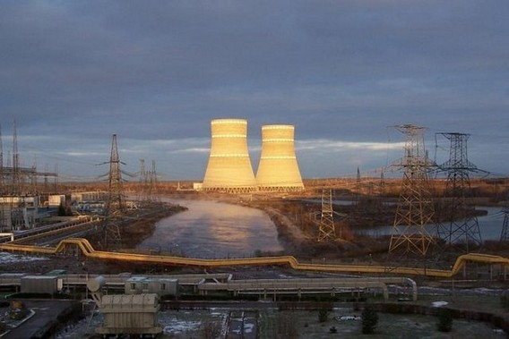 Калининская АЭС - градирни. Фото