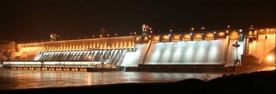 Красноярская ГЭС ночью