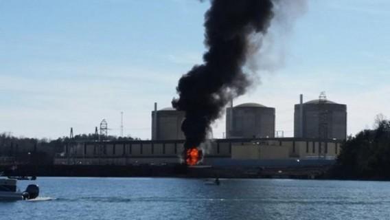 Пожар на АЭС Окони. США. Фото