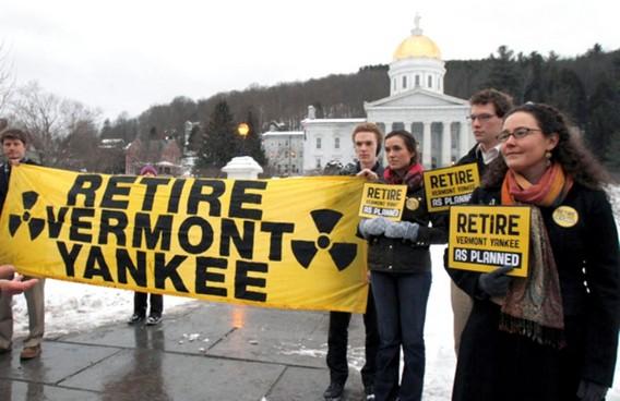 Протесты против работы АЭС Вермонт Янки. США