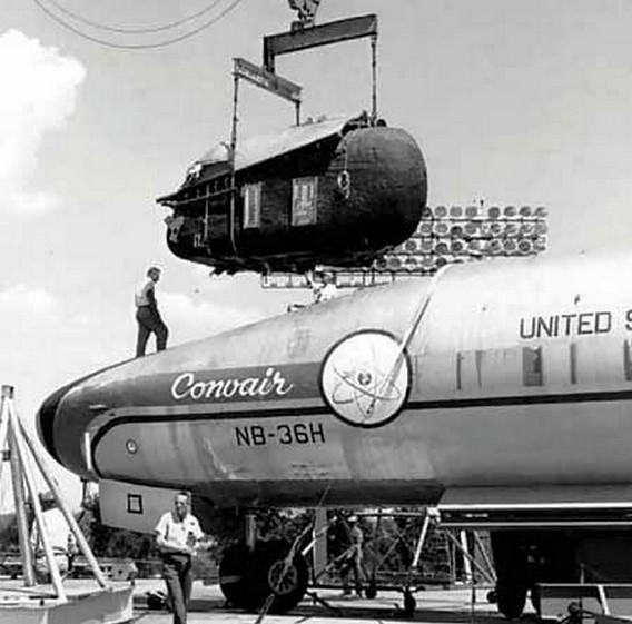 Установка герметичной кабины на NB-36H Crusader