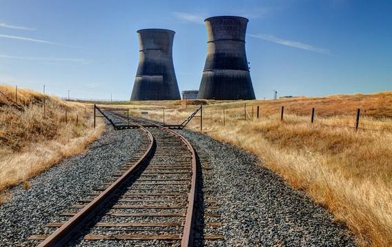 Закрытая АЭС Ранчо Секо в США. Фото